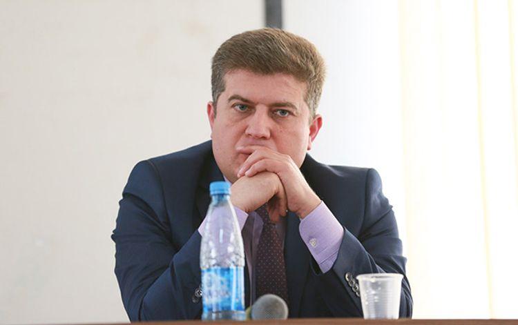 """Deputat: """"Gəncəyə atılan raketlərdən biri də məni öldürə bilərdi"""""""