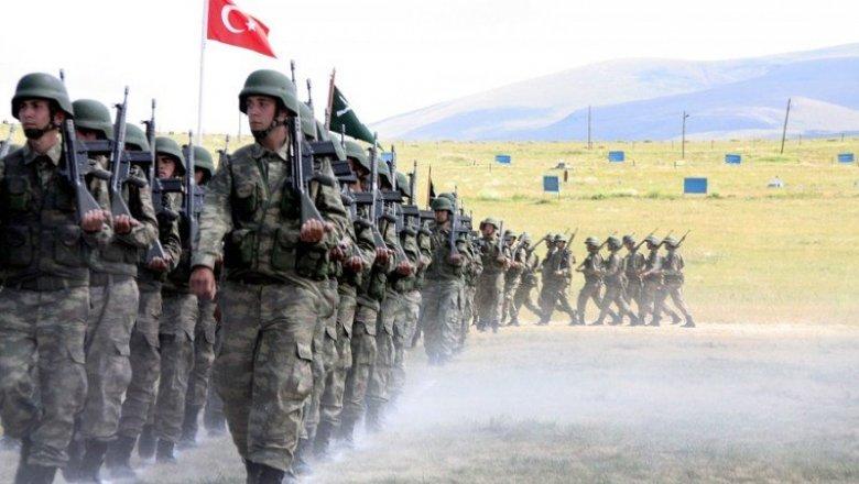 """33 türk əsgərinin öldürülməsi dünyanı qarışdırır: ABŞ Rusiya və İranı ittiham edir, ruslar """"biz vurmadıq"""" deyir"""