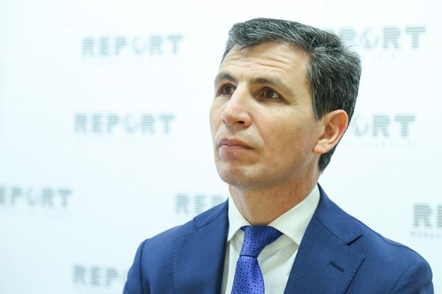 Zahid Oruc əvvəlki parlamenti tənqid edib