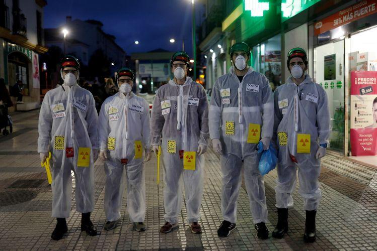 Son 24 saatda koronavirusdan ölənlərin sayında rekord artım olub