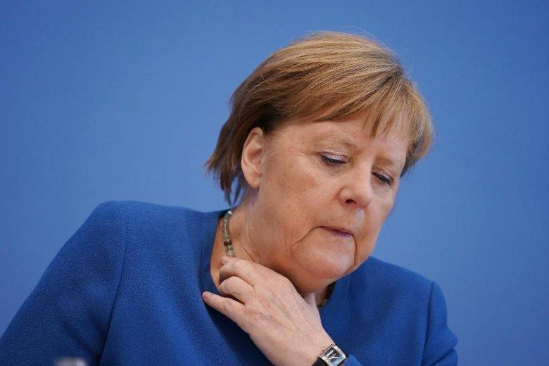 Kansler Merkel ikinci testdən keçib - Cavab