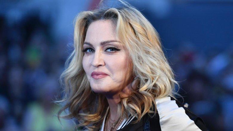 Madonna da koronavirusa yoluxdu
