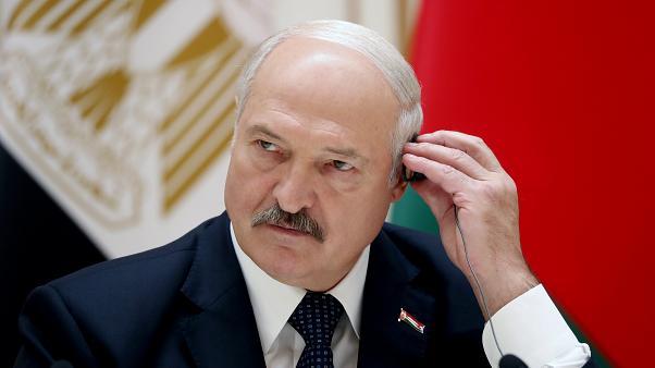 Lukaşenko Belarusda qadının prezident olmasının əleyhinədir