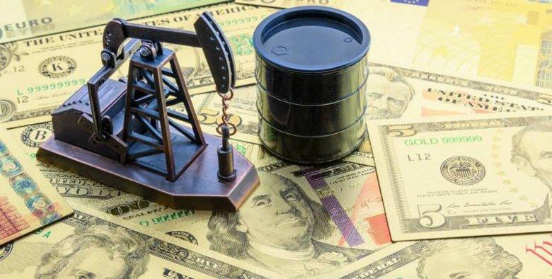 Rusiyanın neft gəlirləri 33% azalıb