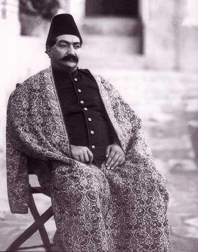 Məsud mirzə Zillisultan: zalım və zabitə timsalında