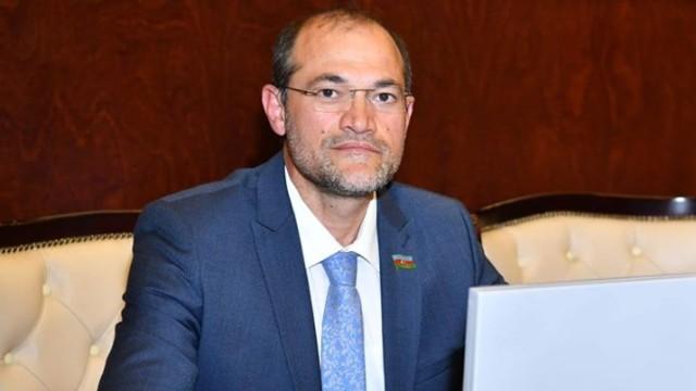 Deputat Razi Nurullayev yeni partiya yaradıb