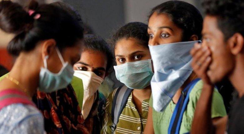 COVID-19: Hindistanda virusa yoluxma milyon yarımı keçib