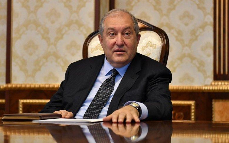 Ermənistan prezidentiRusiyayagedib