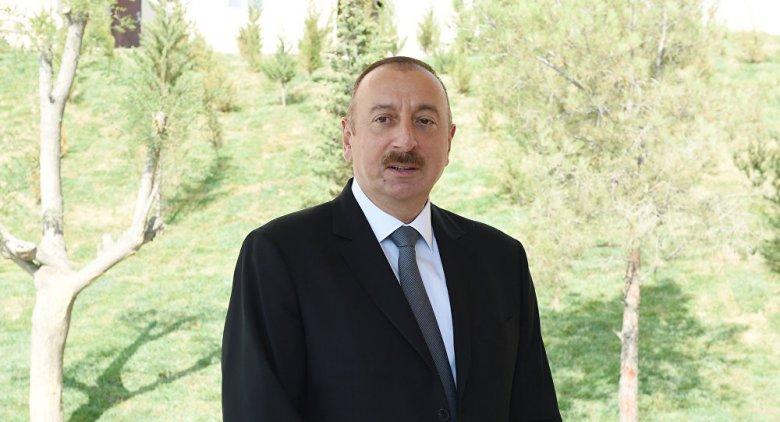Prezident yeni zavodların təməlini qoyub