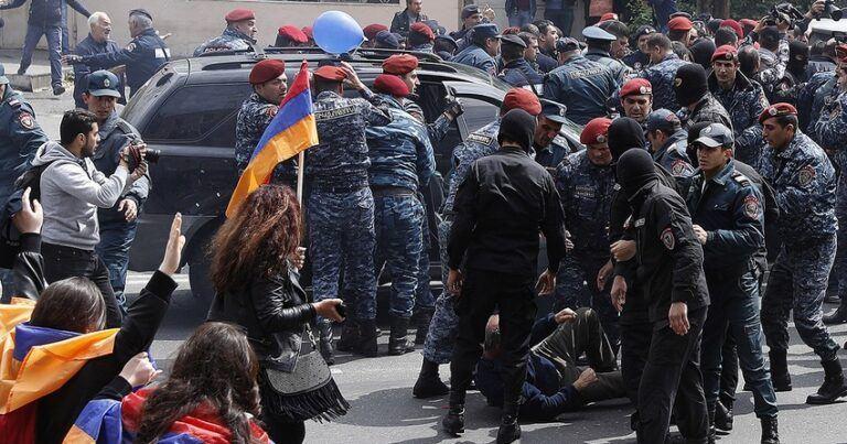 Ermənistanda vətəndaş qarşıdurması başlaya bilər